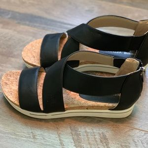 Adrienne Vittadini Sandals (6.5 but fit like 6)